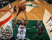Phoenix Suns vs Milwaukee Bucks