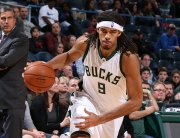 MILWAUKEE, WI - OCTOBER 17:  Chris Copeland #9 of the Milwaukee Bucks drives to the basket against the Washington Wizards during a preseason game on October 17, 2015 at the BMO Harris Bradley Center in Milwaukee, Wisconsin. NOTE TO USER: User expressly acknowledges and agrees that, by downloading and or using this Photograph, user is consenting to the terms and conditions of the Getty Images License Agreement. Mandatory Copyright Notice: Copyright 2015 NBAE (Photo by Gary Dineen/NBAE via Getty Images)