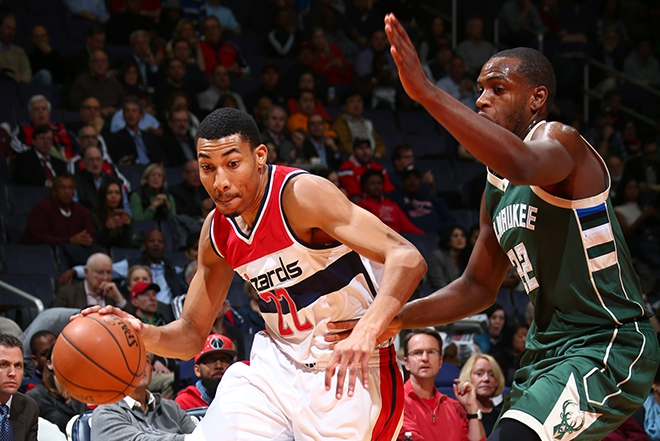 Bucks Sunk by 3rd Quarter Miscue