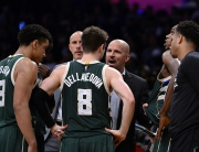 Milwaukee Bucks v Los Angeles Lakers